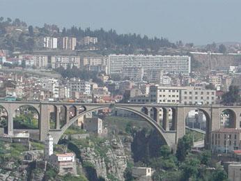 مدينة الجسور المعلقة (قسنطينة)بالجزائر City-of-constantine3