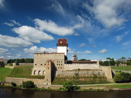 Pictures of Narva