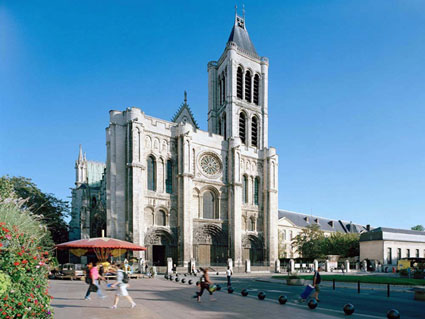 Pictures of St Denis